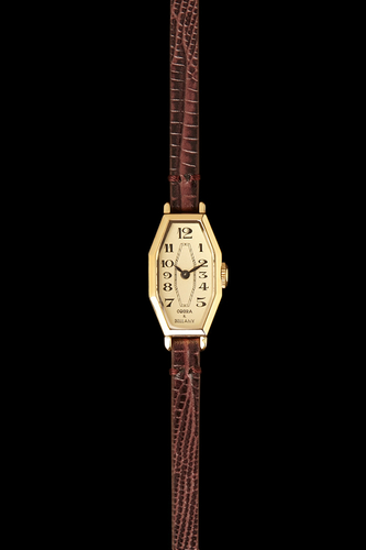 LAMORNA - 21 Carat Gold Plated, Brown leather strap